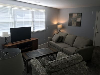 Centrally Located Ankeny Apartment