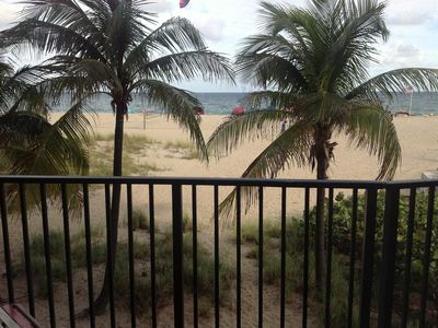 Photo for Amazing Beachfront Corner Suite! Great for families