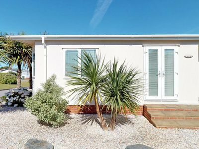 Photo for Detached, spacious holiday home in Cornwall with nice garden and lots of light