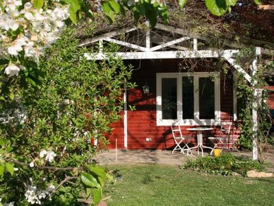 Photo for Idyllic cottage Sweden for 3 (-4) persons with terrace and a great garden!