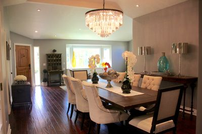 A beautifully designed living and dining room for entertaining
