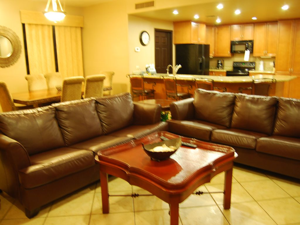 Property Image#2 Ground Floor   Huge Private Patio Direct Access To Pools