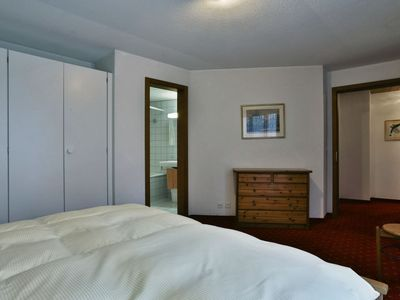 Photo for Apartment in the center of Grindelwald with Lift, Parking, Internet, Terrace (38065)