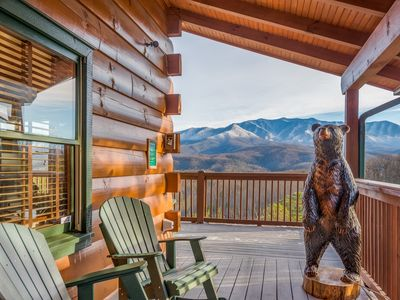 Photo for Amazing Mountain Views!  3 Bedroom five star luxury,  5 minutes to town.