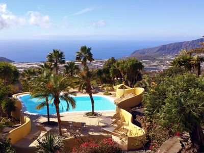 Photo for Villa with stunning views, private pool, sauna and garden for up to 10 people