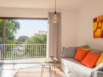 Photo for Bright and spacious, near Plage du Midi, two bedrooms and terrace facing south