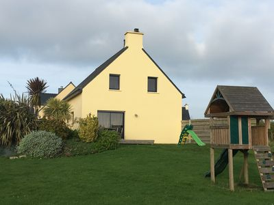 Photo for Detached house 4 to 6 people, 90m², located between Portsall and abers