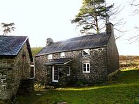Lovely cottage both central and private
