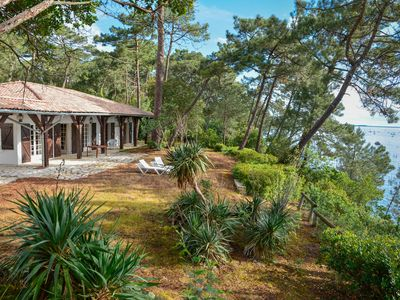 Photo for Sumptuous and secluded villa 8 pers- private beach - Arcachon - Cap Ferret
