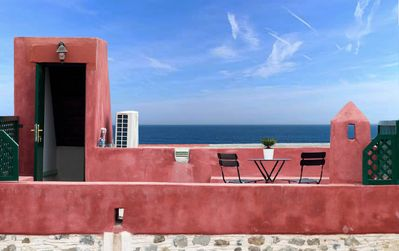 Photo for Traditional loft, 5 mins from the beach