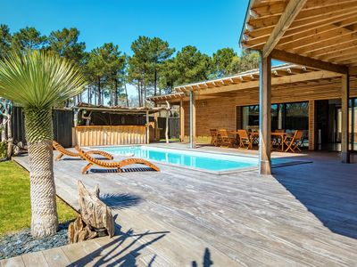 Photo for The apricot tree: Villa, driftwood, heated pool