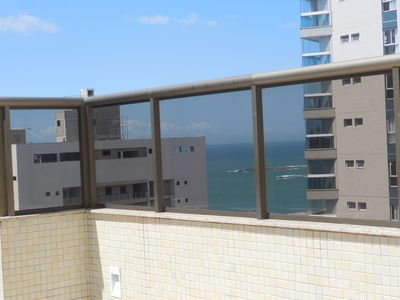 Photo for Beautiful apt. 2 bedrooms, 200 meters from the beach of Itapuã, Vila Velha, Swimming pool, Wifi