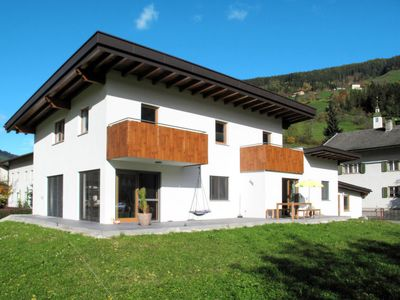 Photo for Apartment Pendl (MHO521) in Mayrhofen - 4 persons, 1 bedrooms