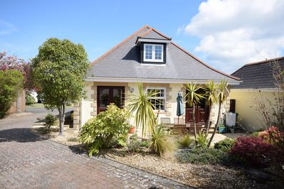 Tanners - chalet bungalow in Port La Salle, Yarmouth, Isle of Wight