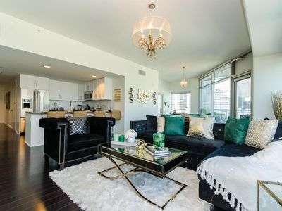 Photo for Stylish Downtown LA 2 Bed/2 Bath