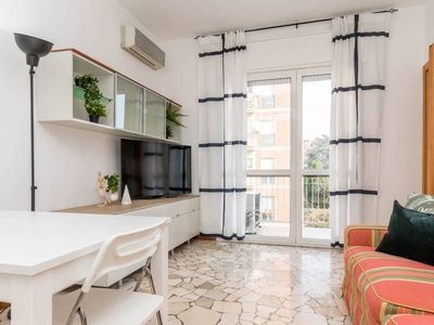 Photo for Spacious Casa Palladium apartment in Mecenate with WiFi, air conditioning, private parking & lift.