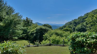 Spectacular View w/5 Mountain Ranges Looking Towards Smoky Mountains