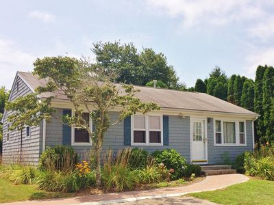 Photo for Cozy and clean cottage in Narragansett, close to the beach!
