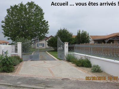 Photo for VILLA Detached, Standing, 800m from the SEASIDE (8 persons)