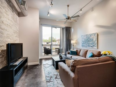 Photo for Modern Southtown Condo Near Popular  Blue Star Area. 2 Blocks To River Walk