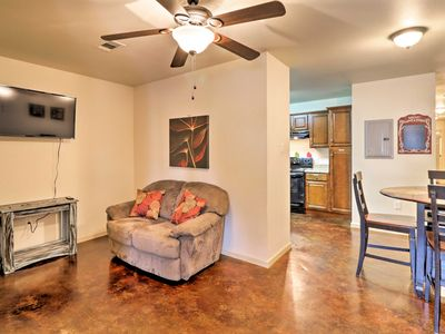 Photo for NEW Central Apt. Mins to Lake Conway & Beaver Fork
