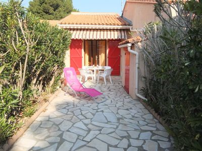 Photo for One bedroom Villa, sleeps 4 in Saint-Cyprien-Plage with WiFi