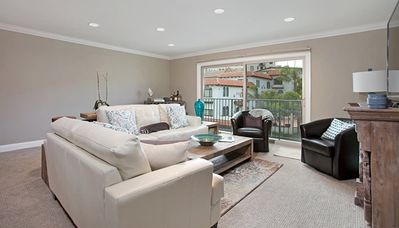 Photo for Barefoot at the Cove located in the heart of La Jolla Village.  Walk to everything.