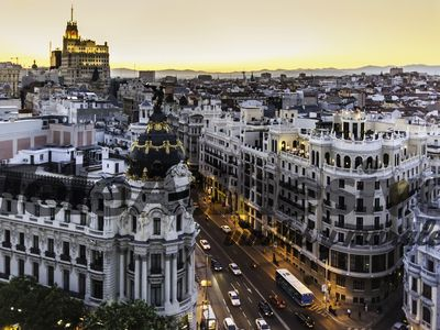 Photo for Huge apartment in the heart of Madrid (Gran Vía)