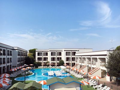 Photo for 2 bedroom Apartment, sleeps 7 in Lido di Spina with Air Con and WiFi