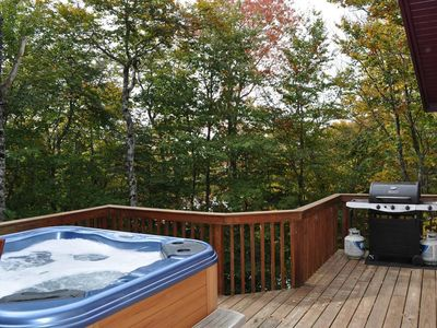 Photo for Come enjoy your next vacation at the Pinnacle Paradise. One mile from the slopes