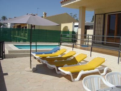 Photo for Villa in L'Ampolla with   fenced swimming pool .   200 mts. to the beach. Sea views