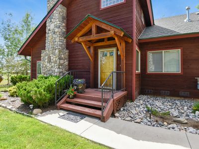 Photo for NEW LISTING! Cozy, family-friendly home w/furnished patio-near lakes, golf & ski