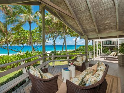 Photo for Beautiful Island Style Beachfront with AC and large covered lanai