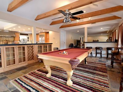 Photo for Lake Point Crossing: Close to the Village, Marinas, and Hiking Trails! Pool Table! Hot Tub!