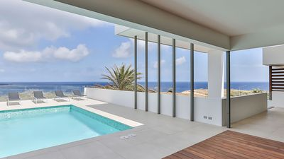 NEW, LUXURY, DESIGN penthouse with spectaculair seaview, close to the beach