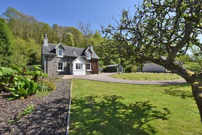 West Lodge Fort William - 2 bed holiday cottage with garden