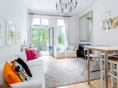 Photo for Philbeach Balcony - 2bed flat in Earl's Court