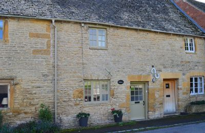 Photo for Felltree Cottage is a period stone cottage in Broadwell, the Cotswolds, perfect for short breaks.