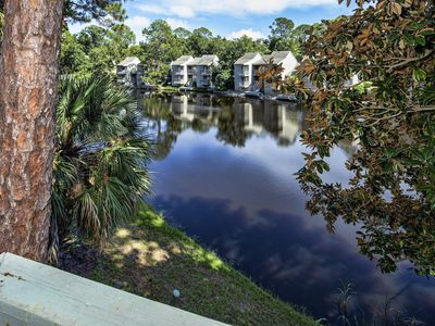 Photo for 7 Hickory Cove Villa in Palmetto Dunes Resort, 3BR/4BA Walk to the Beach!