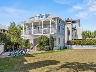 Photo for Cozy and Fun cottage in Rosemary Beach! Newly Renovated! Large Backyard!