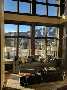 Photo for Stowe Mountain Resort Club Residence 4 BR Duplex