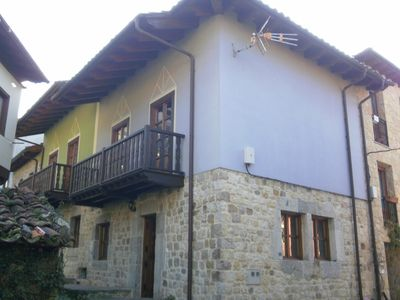 Photo for Rural house in Carreña de Cabrales for 7 people