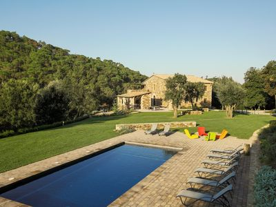 Photo for Luxurious villa with 7 rooms with garden and pool in Girona