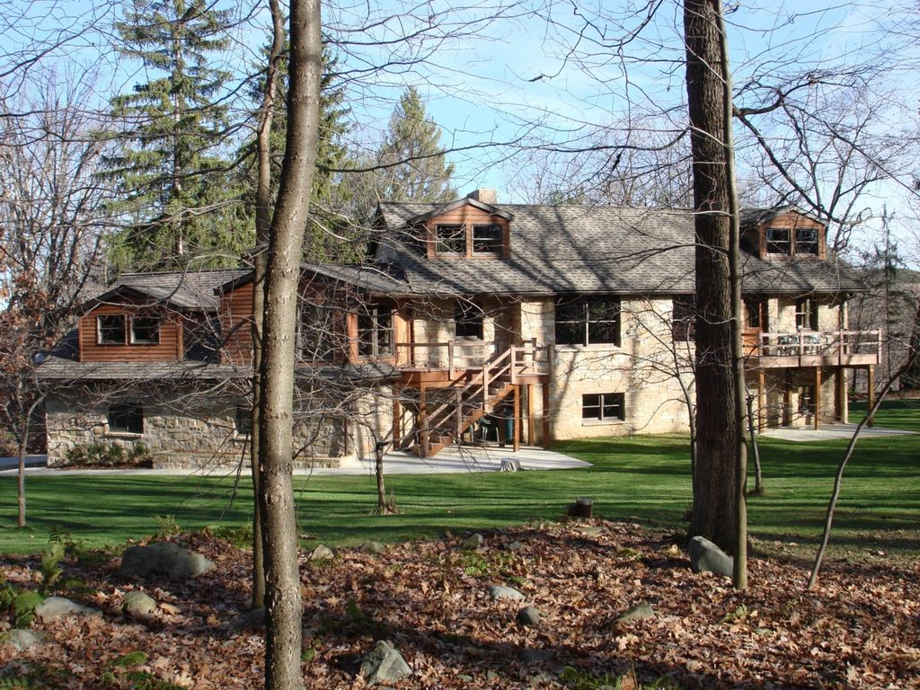 Lodge is connected to state park thousands of acres of state forest woodlands
