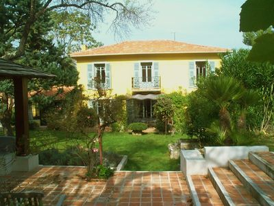 Photo for Authentic 'Niçoise' villa with pool. Close to Nice and Monaco