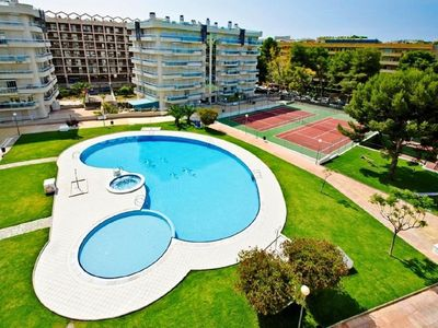 Photo for APART. UP TO 7 PAX, GREAT SWIMMING POOL, SALOU CENTER.