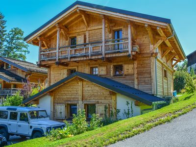 Photo for Large new chalet Combloux, family, back to skis