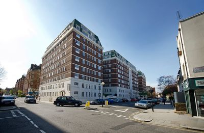 Photo for Quality 1 Bedroom Apartment Near Sloane Square
