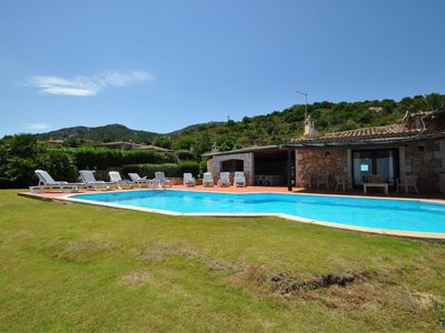 Photo for Villa with sea view and garden
