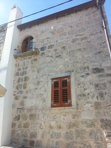 Photo for Apartment for 3 persons in  traditional stone-built Dalmatian house